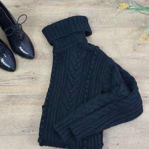 Ann Taylor decrotive knit sweater